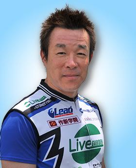前田 義秋