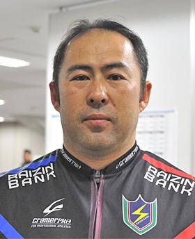 篠崎 高志