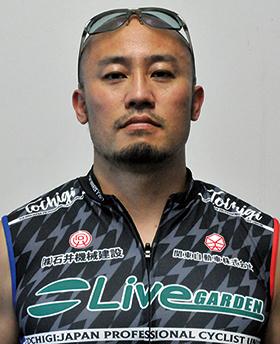塚本 勝士